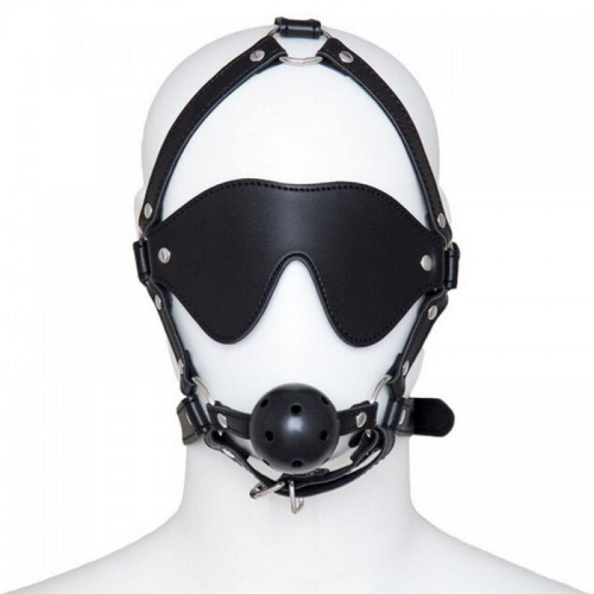 Черная маска с кляпом