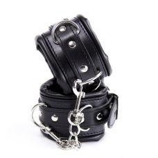 Черные наручники с подкладкой..