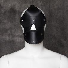 Черная маска с кляпом и с шорами на ..