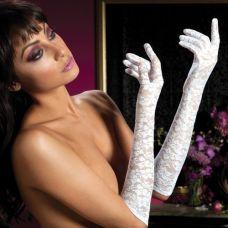 Перчатки из белого цветочного гипюра..