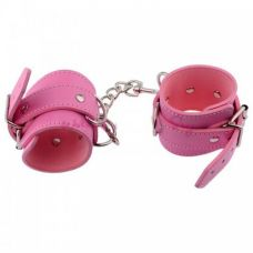 Розовые наручники с карабином..