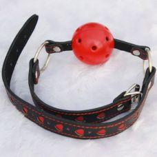 Кляп-шар black-red с сердечками..